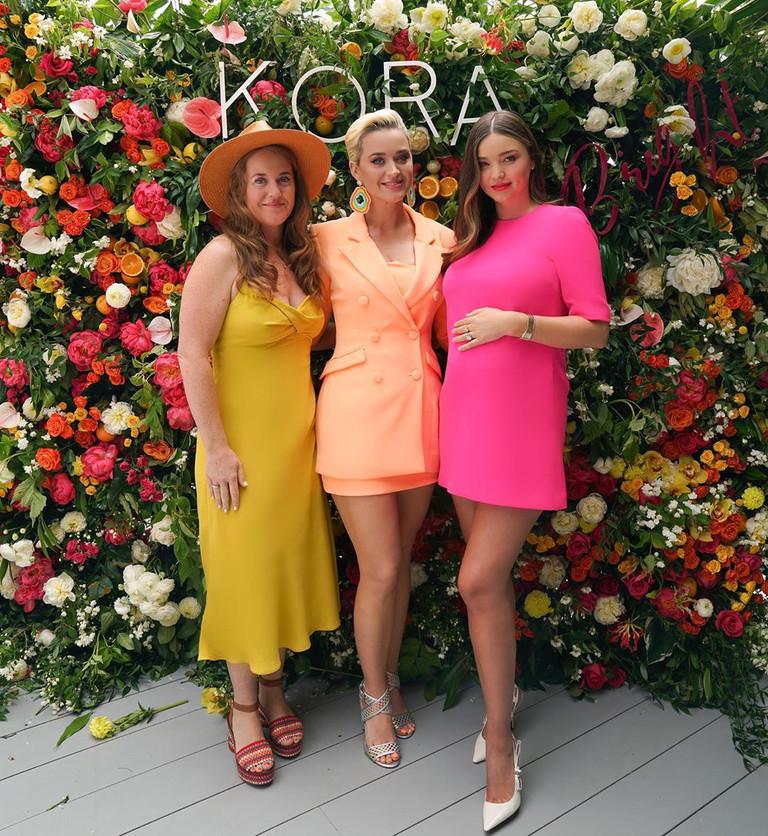 Кэти Перри и Миранда Керр с подругой Анджелой