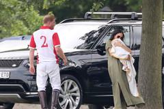 Принц Гарри и Меган Маркл с сыном