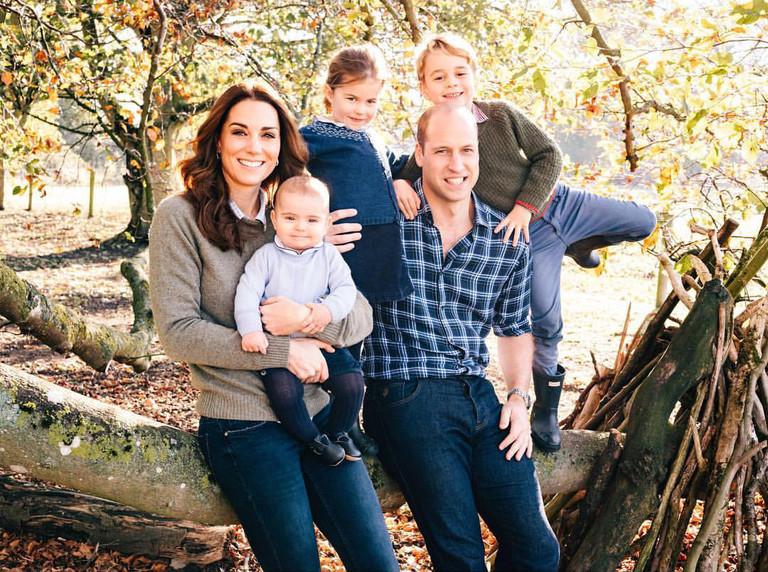 Кейт Миддлтон и принц Уильям и с детьми