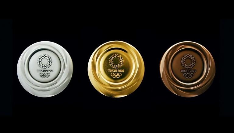 Дизайн олимпийских медалей