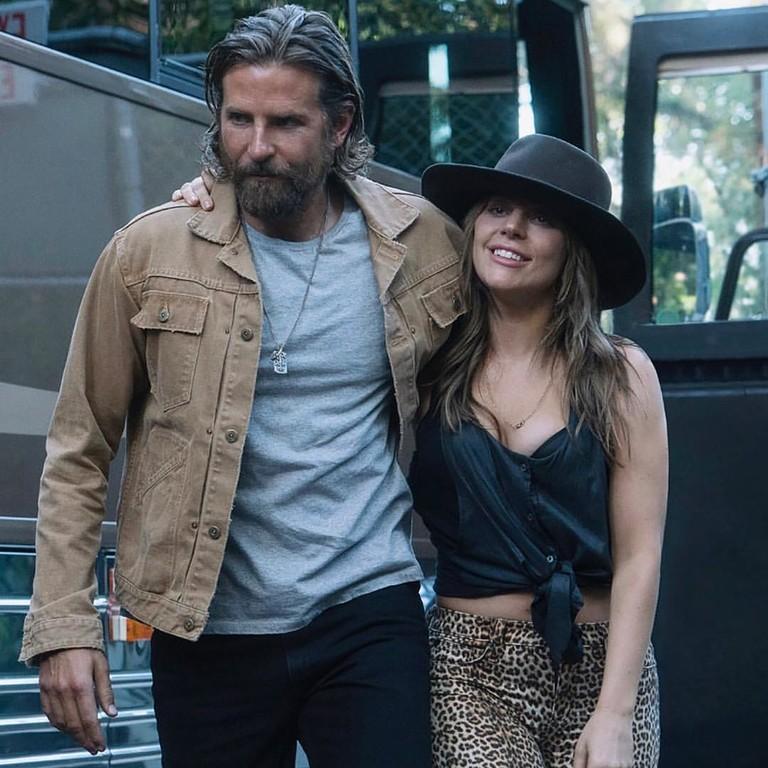Брэдли Купер и Леди Гага в фильме «Звезда родилась»