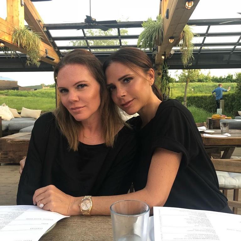 Луиза Адамс и Виктория Бекхэм
