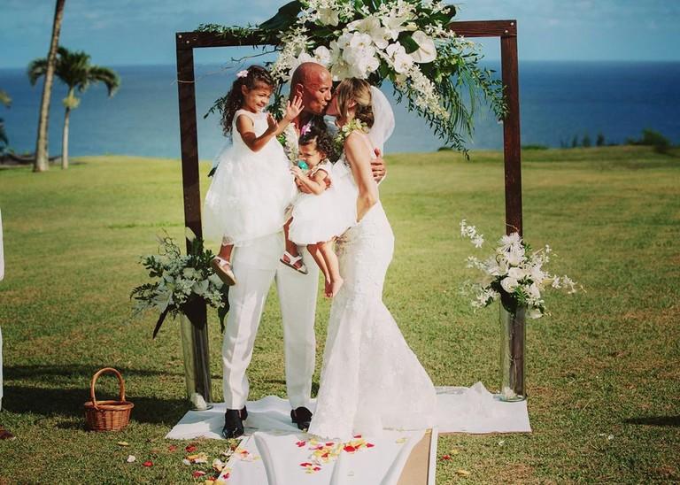 Свадьба Дуэйна Джонсона и Лорэн Хэшиан