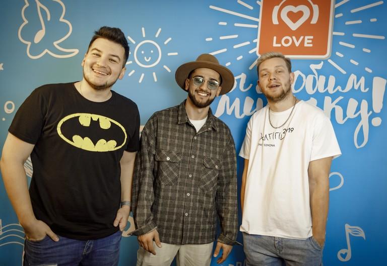 Jony и Красавцы Love Radio