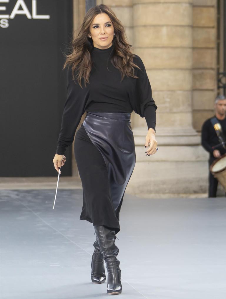 Ева Лонгория на показе L'Oreal Paris
