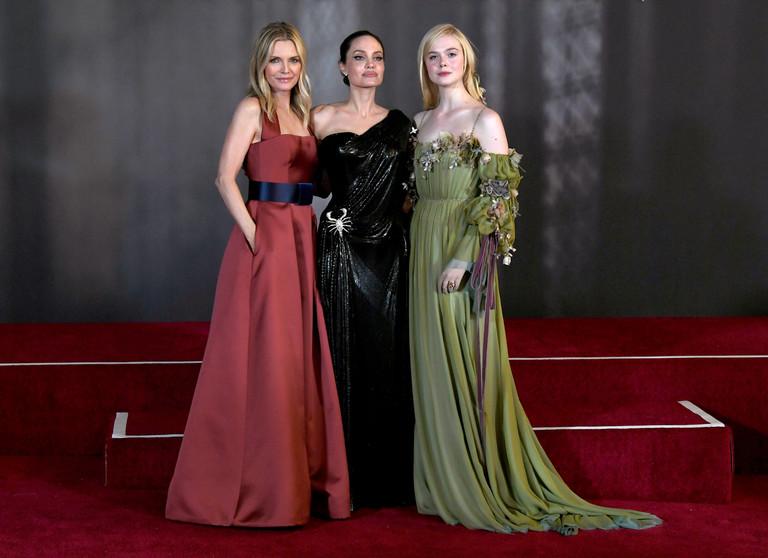 Мишель Пфайффер, Анджелина Джоли и Эль Фаннинг на премьере «Малефисенты»