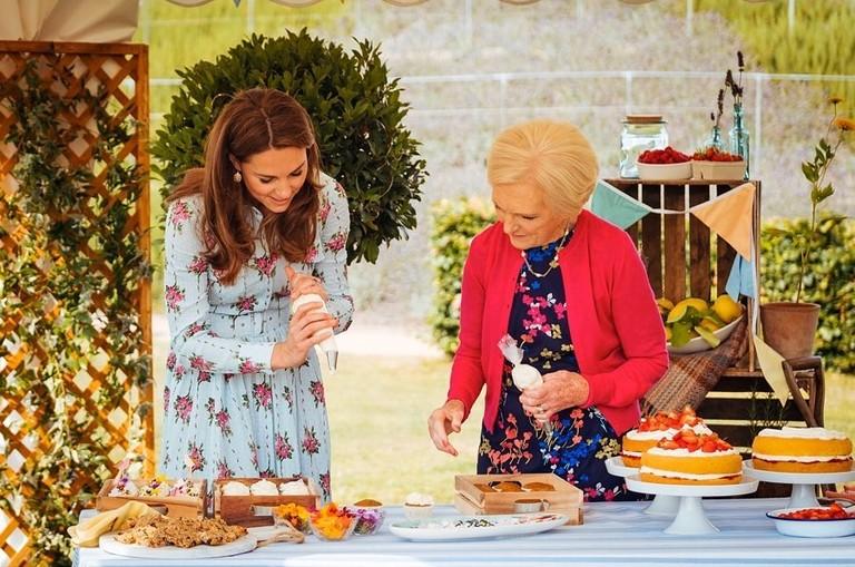 Image result for Герцог и герцогиня Кембриджские приняли участие в кулинарном шоу