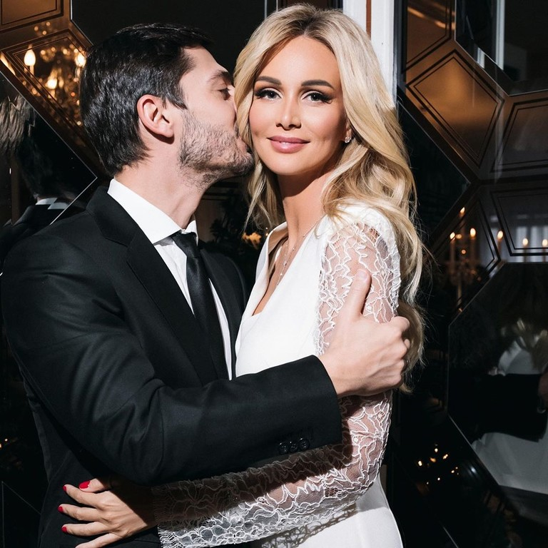 Виктория Лопырева с мужем
