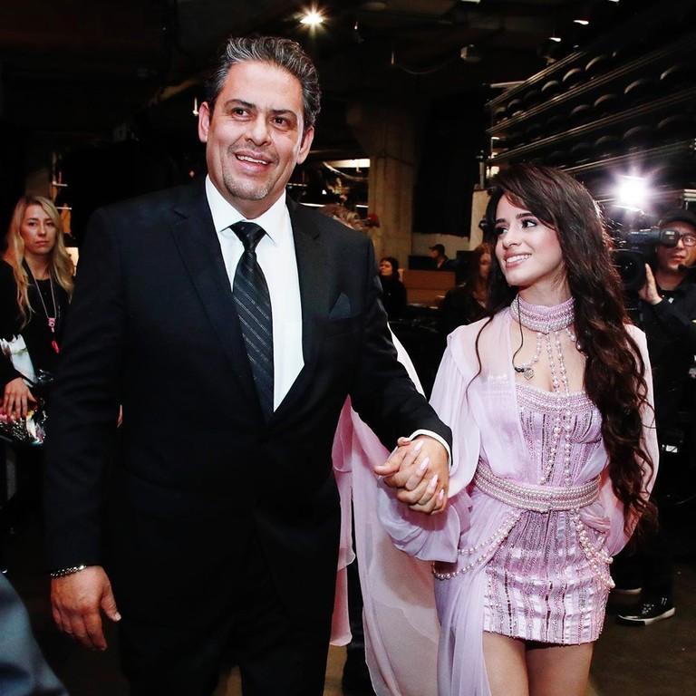 Камила Кабелло с отцом