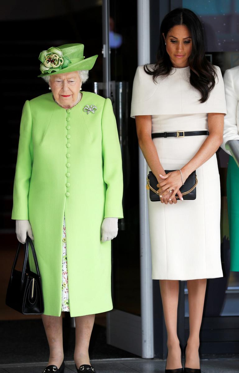 Королева Елизавета 2 и Меган Маркл