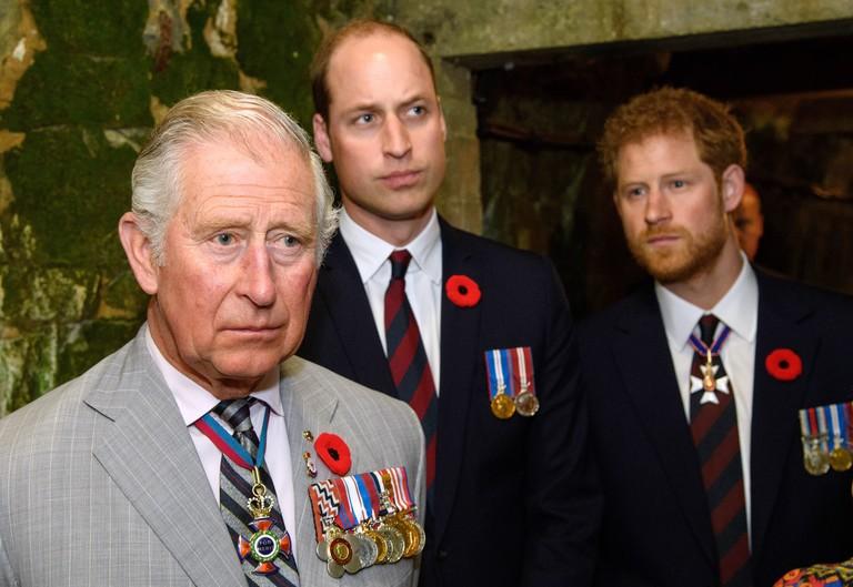 Принц Чарльз с сыновьями Уильямом и Гарри