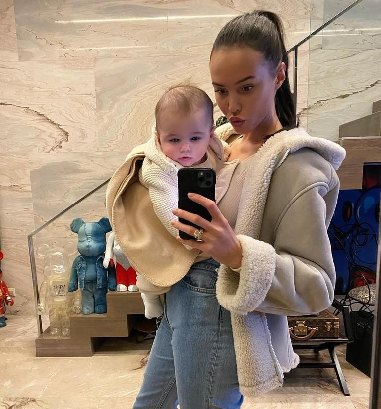 Анастасия Решетова с сыном Ратмиром