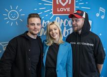 Юлианна Караулова и Красавцы Love Radio