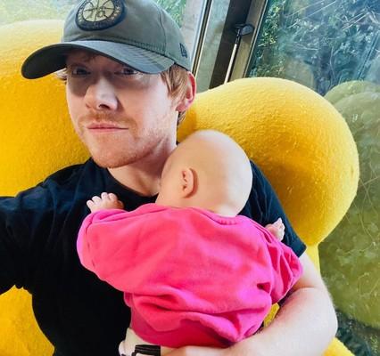 Руперт Гринт с дочкой