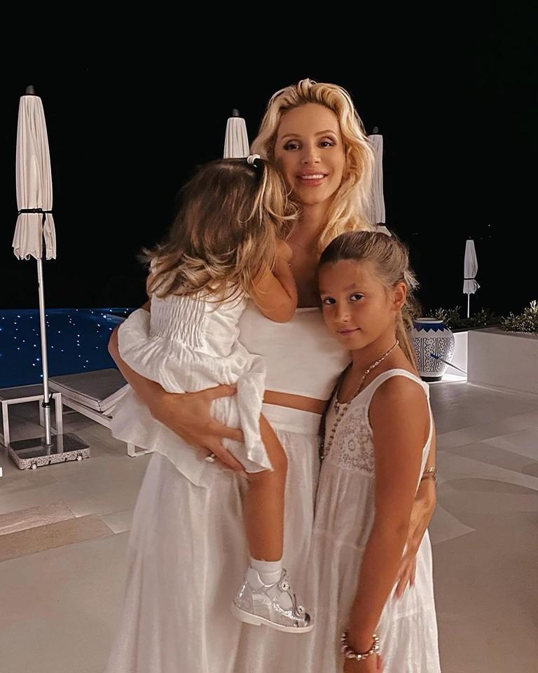LOBODA с дочками Евангелиной и Тильдой