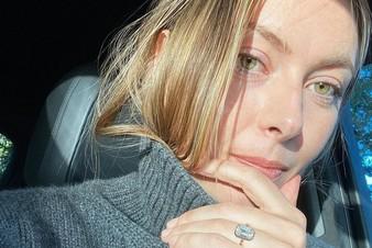 Подарок за 18 миллионов: Мария Шарапова показала помолвочное кольцо