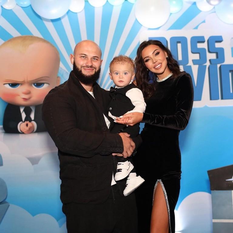Джиган и Оксана Самойлова с сыном Давидом