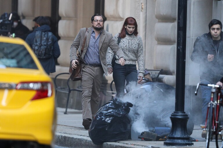 Леонардо ДиКаприо и Дженнифер Лоуренс на съемках комедии «Не смотри вверх»
