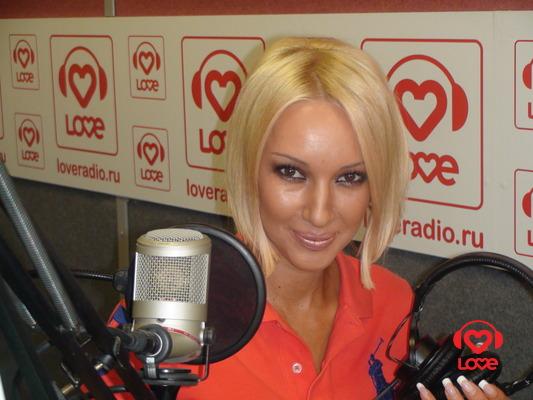 Лера Кудрявцева на LOVE RADIO