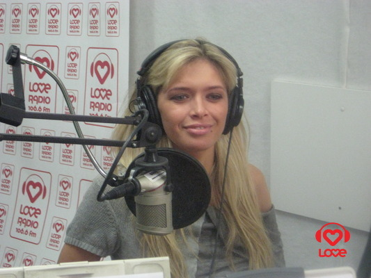 Вера Брежнева в студии LOVE RADIO