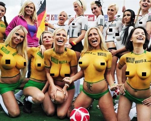 футбольная команда порно актрис