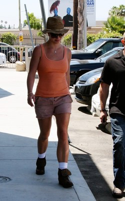 На Бритни Спирс больно смотреть Бритни Спирс. бритни спирс слушать