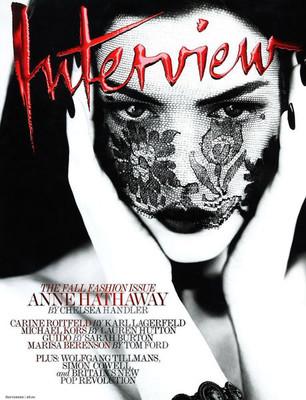 Энн Хэтэуэй, «Interview»