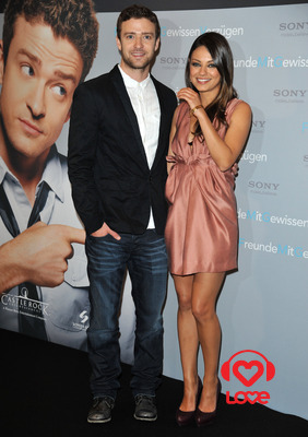 Джастин Тимберлейк и Мила Кунис не обменивались пикантными ...: http://www.loveradio.ru/new/32293.htm