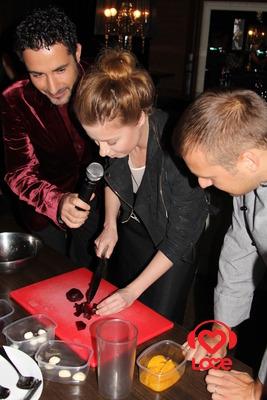 Лера Кудрявцева представила Секрет кухни
