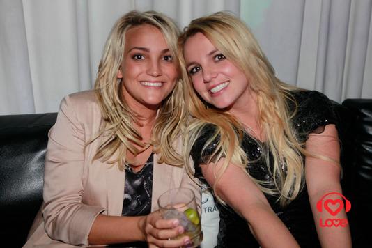 бритни спирс с сестрой фото