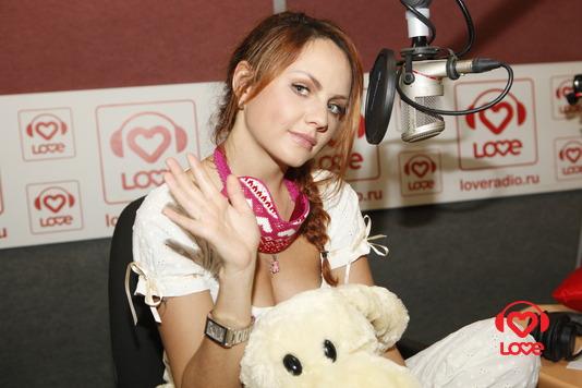 МакSим на пижамной вечеринке LOVE RADIO!