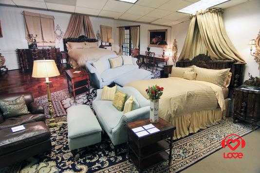 Мебель из дома Майкла Джексона