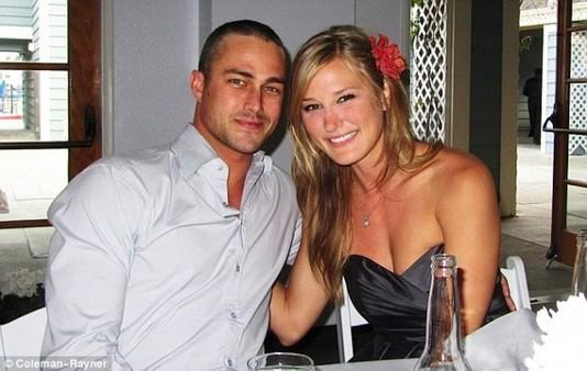 Тейлор Кинни и его бывшая девушка