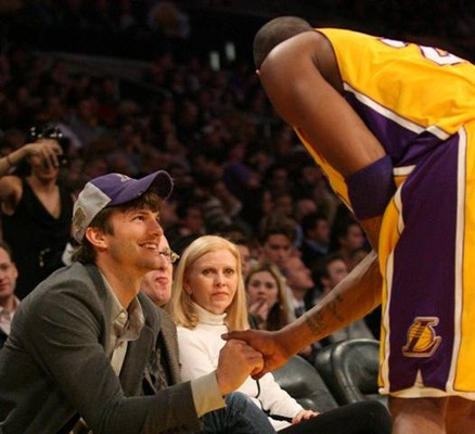 Эштон Катчер на игре Lakers