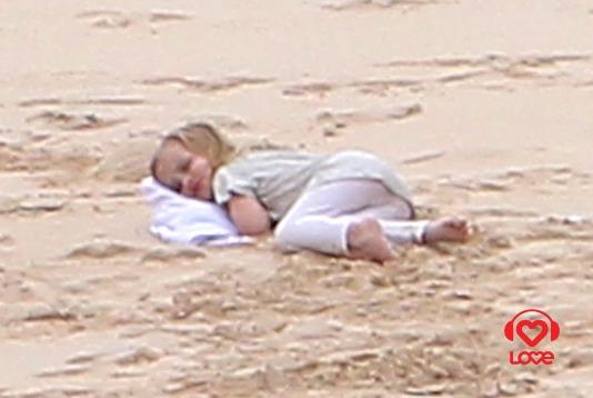 Отдых Анджелины Джоли и Брэда Питта