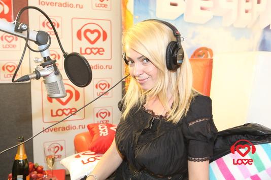 Яна Рудковская на Пижамной Вечеринке
