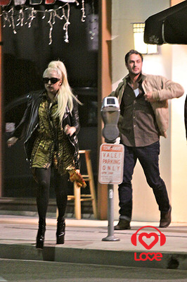 Леди Гага помирилась с Тейлором Кинни?