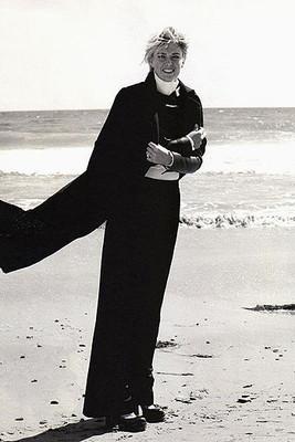 Романтичная Мария Шарапова в пляжном фотосете