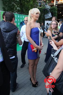 Новая Волна 2012. Первый конкурсный день. Валерия