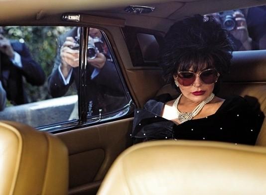 Линдсей Лохан (Lindsay Lohan) в роли Элизабет Тейлор