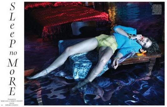 Наталья Водянова снялась в мокром фотосете