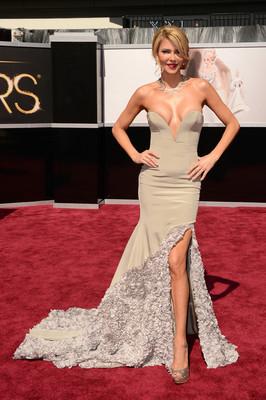 Худшие наряды Оскара 2013. Брэнди Гленвилл
