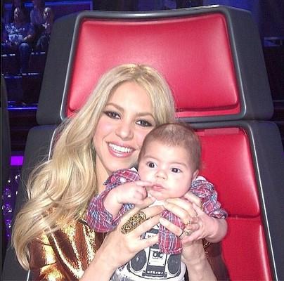 Шакира пришла на телешоу с 3-месячным сыном